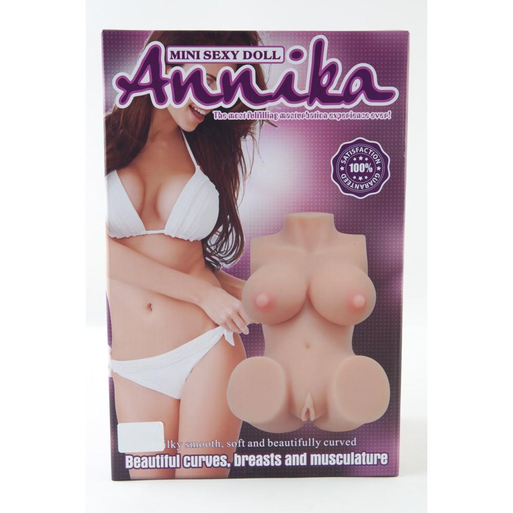 Реалистичное мини-тело-мастурбатор Annika